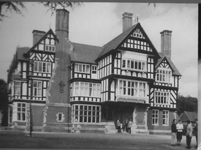 Image of Bedstone Court showing half timbered Tudor features